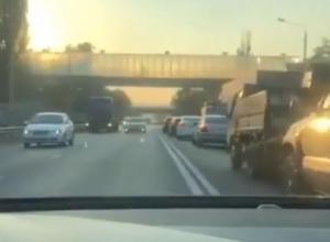 Мажор на Mercedes снял царский проезд по встречке в Воронеже