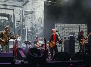 Группа «Чайф» сыграла в Воронеже «интимный» концерт