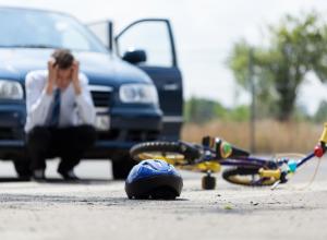 Водителей предупредили о велосипедисте-автоподставщике в Воронеже