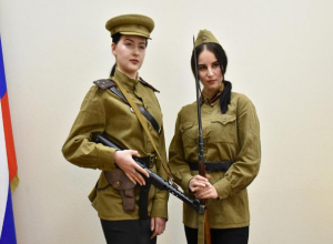 Воронежцам предлагают взять в руки автоматы