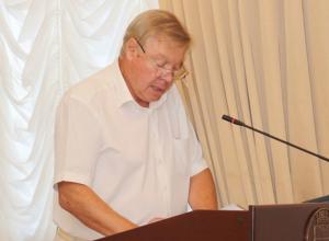 Иван Аристов в воронежской мэрии рассказывал, как благоустраивает Советский район