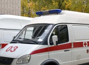 Неадекватный воронежец напал на бригаду скорой помощи с ножом