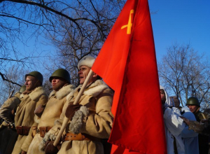 На реконструкции Освобождения Воронежа организаторы пожелали услышать троекратное «Ура!» по ту сторону Атлантики