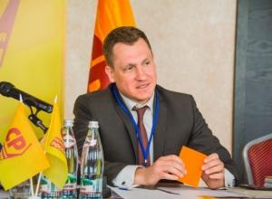 Многодетный депутат Артем Рымарь за год наварил миллион