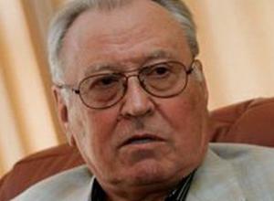Бывший глава области и мэр Воронежа Александр Ковалев получил от Алексея Гордеева медаль