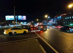 Жуткие последствия ДТП с байкером сняли в Воронеже