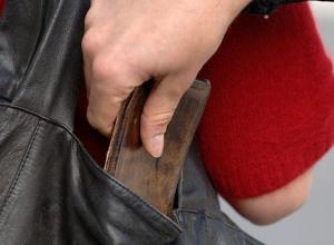 Пенсионера-щипача со стажем поймали в Воронеже