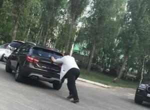 Всю суть новой «Лады» показали в Воронеже на снимке