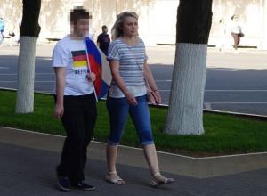 В Воронеже подросток пошел на парад Победы с немецким флагом