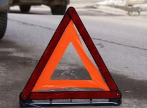 Воронежский мотоциклист с пассажиром погибли, врезавшись в МАЗ