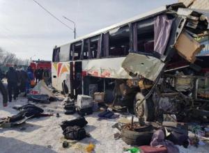 Два человека погибли в ужасном ДТП на воронежской трассе