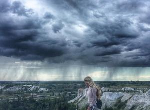 Потрясающий снимок стихии в небе над Воронежем впечатлил пользователей соцсетей