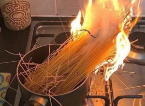Кулинарные эксперименты воронежца чуть не закончились сгоревшей квартирой