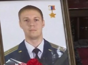 Воронежский лётчик погиб, потому что «Голуби» и «Ястребы» США соревнуются в кровожадности