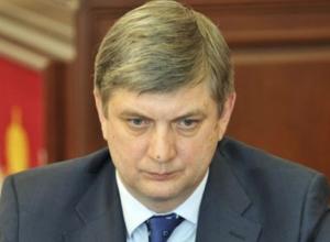 У врио губернатора Александра Гусева упали «акции»