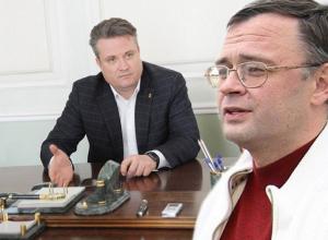 Лидера «Родного Воронежа» Леонида Зенищева заметили у кабинета Вадима Кстенина
