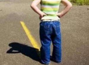 4-летний мальчик пострадал под колесами авто во дворе воронежской многоэтажки