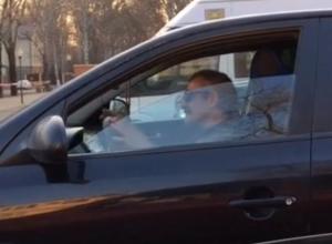 Отрыв воронежского бомбилы в день зарплаты сняли на видео