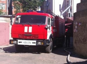 В центре Воронежа из горящей четырехэтажки эвакуировали 17 человек