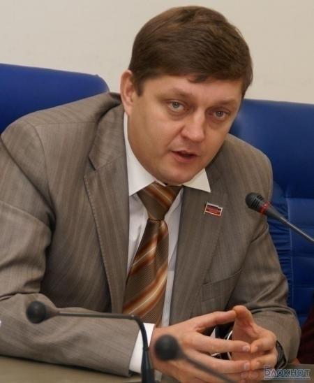 Депутат ГосДумы Олег Пахолков: Гордеев вынудил уйти в отставку вполне дееспособного мэра