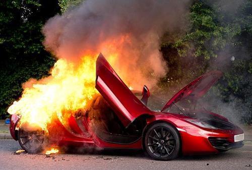 ВВоронеже словили 17-летнего поджигателя дорогих авто