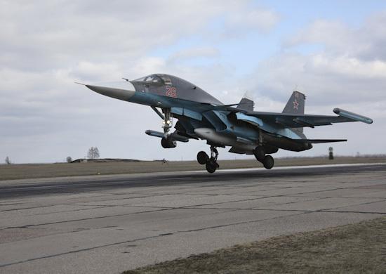 Неменее 20 бомбардировщиков Су-34 проведут учение вВоронежской области