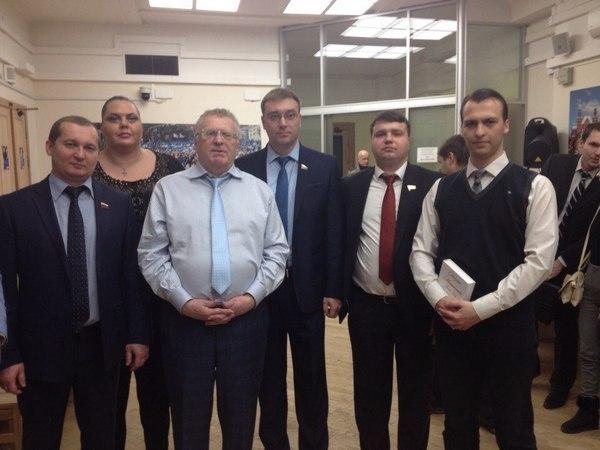 Воронежский политолог назвал позорным выдвижение Бурцева на пост губернатора