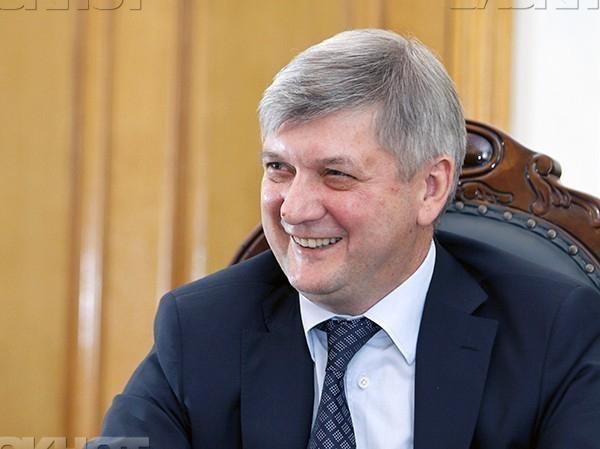 Воронежский губернатор признался в любви к экстремисткой группе