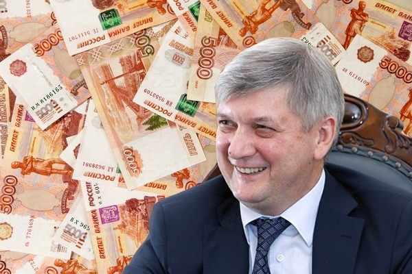 На что можно потратить 442 млн, доставшихся золотым пенсионерам из бюджета Воронежской области