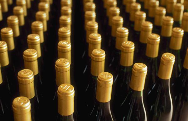 За торговлю «буторным» алкоголем воронежец отправился на 2 года в колонию