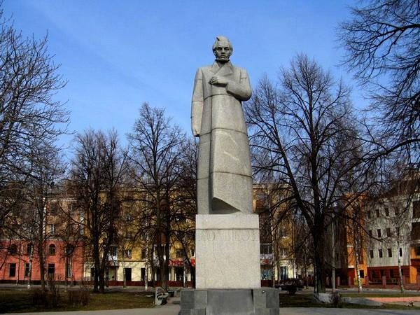 Монумент поэту Кольцову вВоронеже перенесут наодноименный бульвар