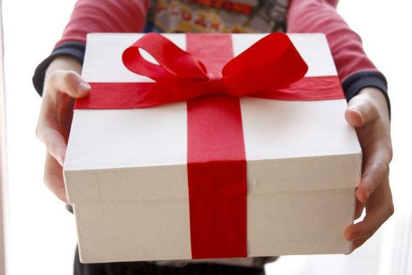 Стало известно, на какие подарки воронежцы берут кредиты