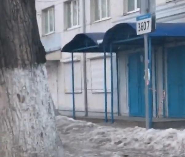«Горпарковки» забанили водителя за жалобы на уборку снега в Воронеже