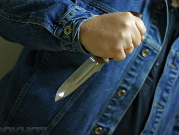 ВВоронежской области мужчина наглазах дочери попытался уничтожить бывшую супругу