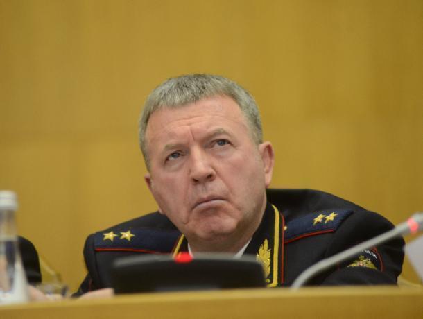 Главный воронежский полицейский зачистит кадровый состав