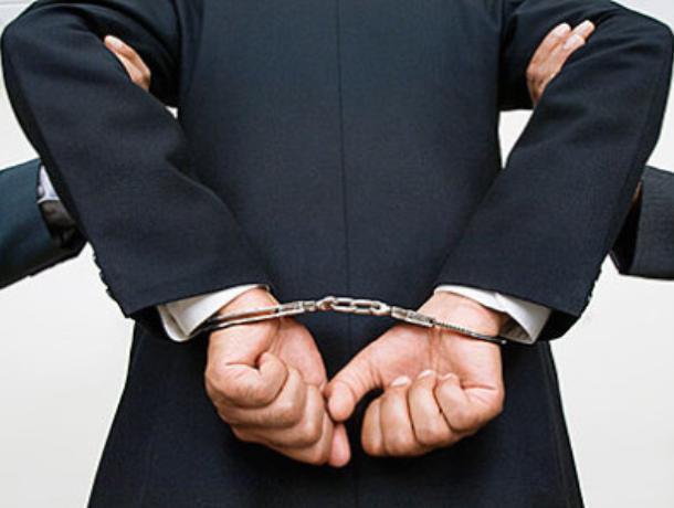 Директор воронежской фирмы пойдет под суд за долги по зарплате