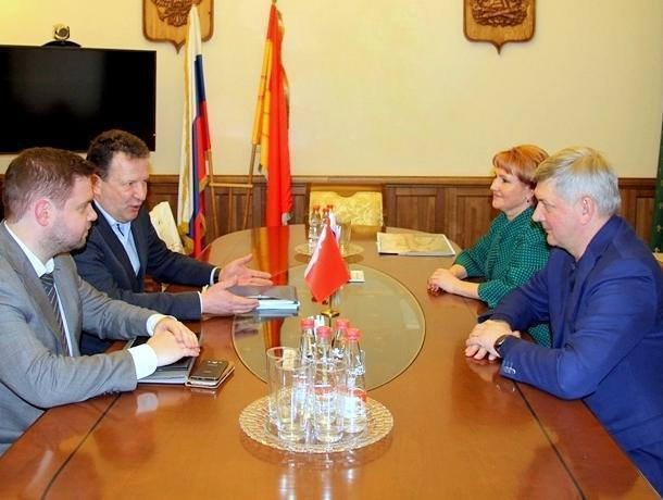 Воронежского губернатора Гусева научат «Современному государственному управлению»