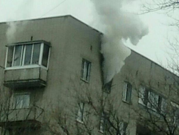 ВВоронеже пожар вмногоэтажке попал навидео