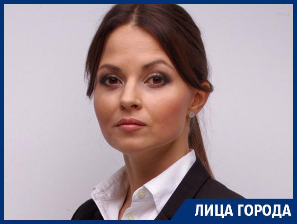 «Золушка» Алферова - о предложении Трампа, кормлении кошки черной икрой и мэре Воронежа