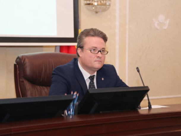 Врио мэра Воронежа потребовал ежедневного отчета об уборке дворов от снега