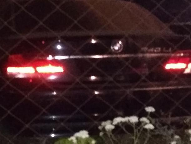 Воронежцы обеспокоены судьбой одинокой BMW 7 без номеров