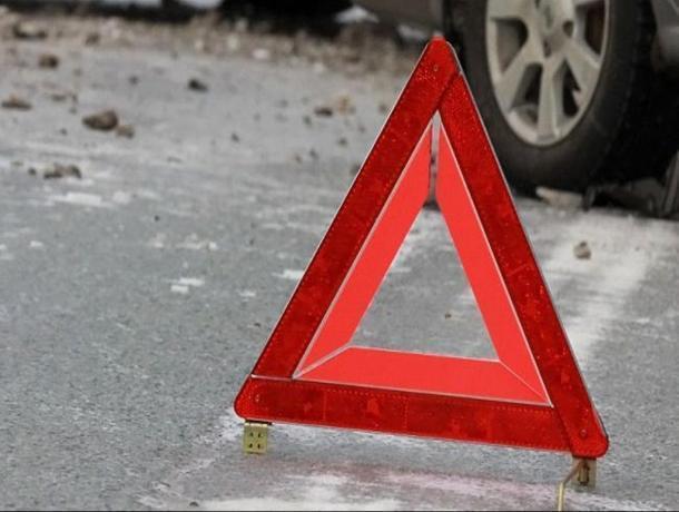 В Воронежской области 18-летняя девушка погибла в опрокинутом авто