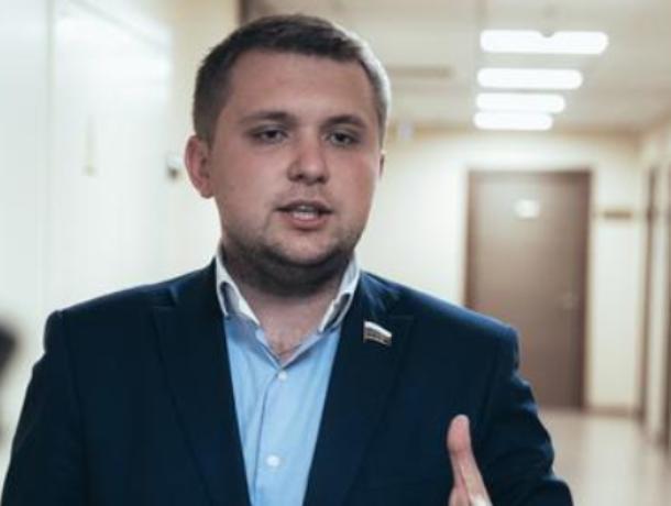 Воронежский депутат ГосДумы предложил пытать преступников российским кино