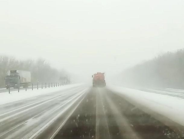 Водителей предупредили о заснеженной трассе М4 «Дон» по пути в Воронеж