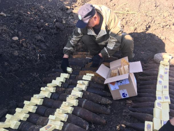 Опубликовано фото с места подрыва 104 снарядов и мин под Воронежем