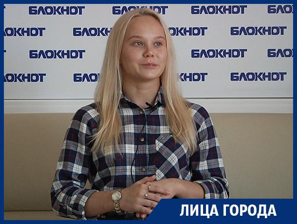 BMW мне подарили, а Lexus я купила на свои, - гимнастка Ангелина Мельникова