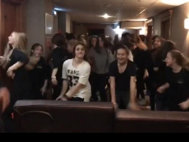 Зажигательную импровизацию Todes сняла Мария Горбань в Воронеже