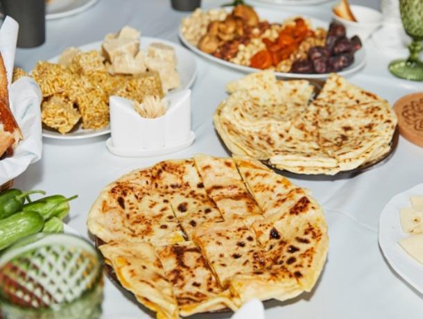 Кулинарный воркшоп чеченской кухни провел бренд «Чабан», представленный в Воронеже