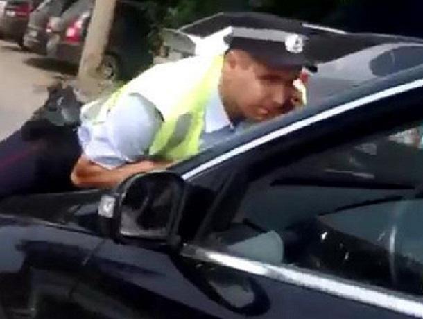 ВВоронеже шофёр Mercedes наВогрэсовском мосту сбил полицейского и исчез