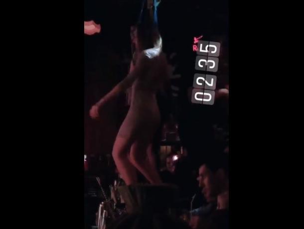 Сексуальный танец под Prodigy на баре сняли в Воронеже